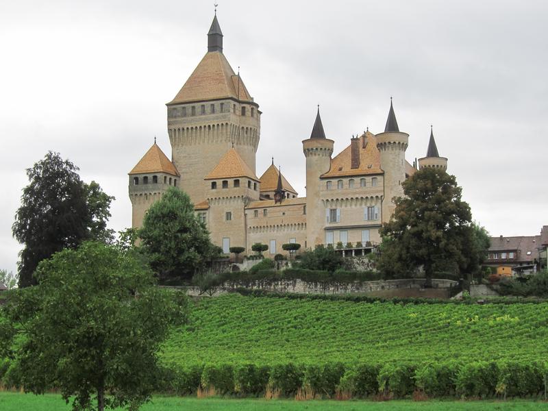 vufflens_chateau